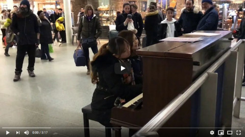 Land of hope and glory at King's cross station/駅ピアノin ロンドン 威風堂々